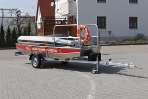 Bootstrailer mit Flachwasserschubboot