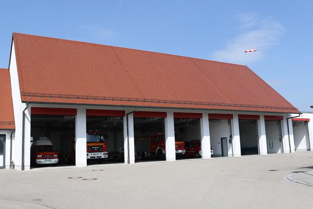 Fahrzeughallen